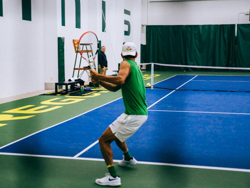 Oregon men's tennis outclassed by No. 1 USC