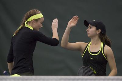Oregon women's tennis suffers two losses in Texas