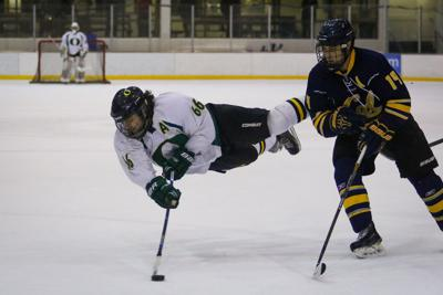 Preview: Oregon hockey heads to California for Pac-8 tournament