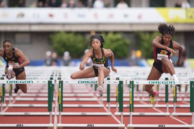 Oregon track and field climbs into record books after historic weekend