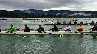 Oregon club rowing fosters 'family and community' environment through early morning practices