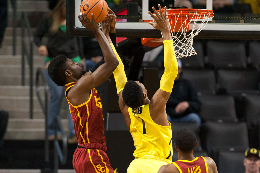 Photos: Ducks basketball loses to USC 75-70