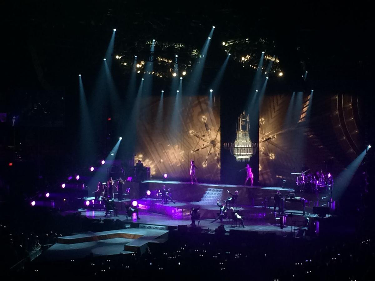 Review: Pint-sized pop star Ariana Grande, Prince Royce perform at Portland's Moda Center