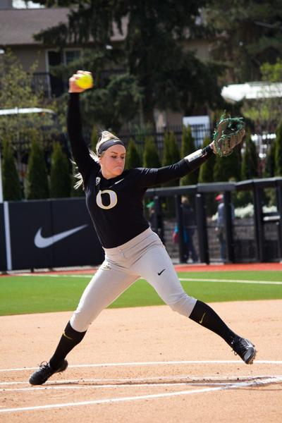 Oregon softball loses key contributors Miranda Elish and ...