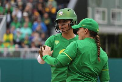 Photos: The Oregon Ducks defeat Utah 8-1