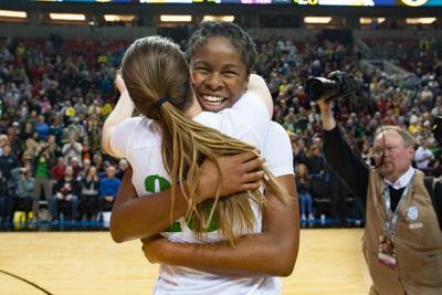 Three Oregon women's basketball players land on preseason watchlists