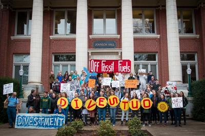 UO Foundation to unexpectedly work towards divesting
