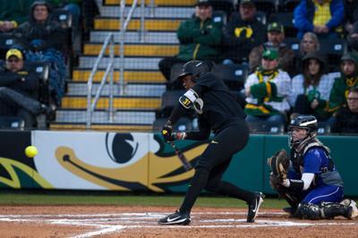 DJ Sanders grand slam wins Oregon softball series over Oregon State