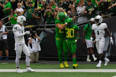 AP Poll: Ducks up to No. 20 for week three