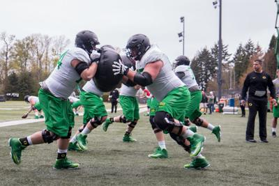 Oregon hires Alex Mirabal to coach guards, centers