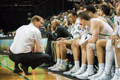 PHOTOS: Ducks basketball remains undefeated (4-0) with victory over Ball State (95-71)