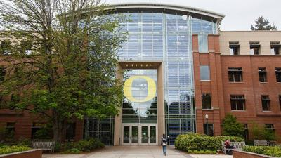 UO sends mistaken admissions emails, becomes subject of Twitter jokes