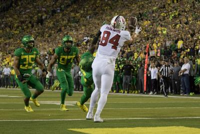 Quick Hits: Football falls to Stanford, volleyball beats WSU