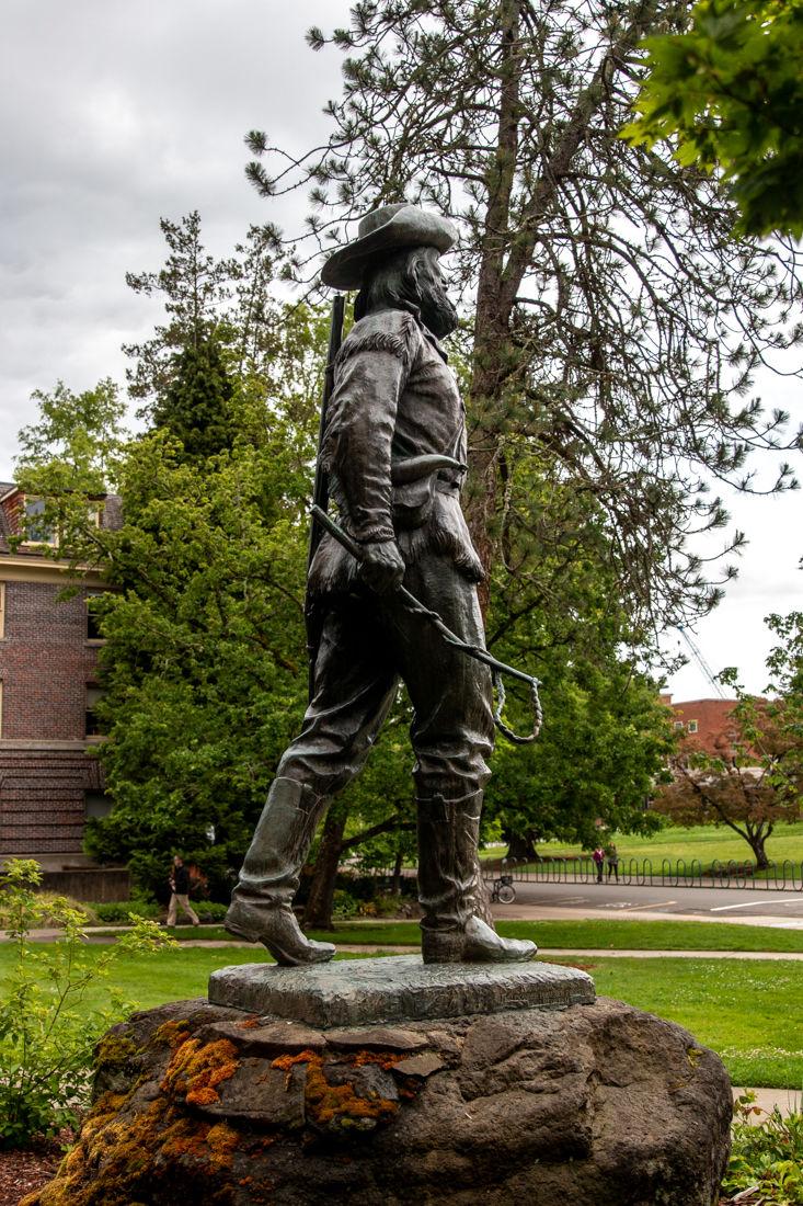 2019.5.3.EMG.MFK.Pioneer Statue-7.jpg