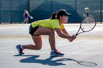 Women's tennis wins second straight match in spring season