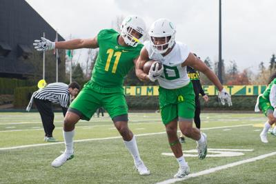 Upperclassmen lead a young Oregon defense in spring practice