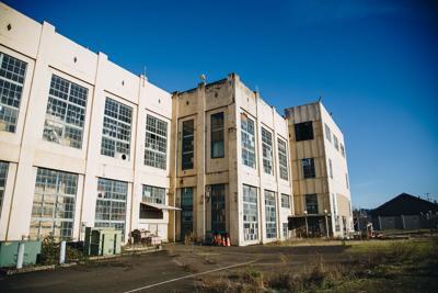 2019.01.29.EMG.SEN.Abandoned steam power plant-5.jpg