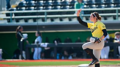 Photos: Oregon softball conquers Bryant University 17-1