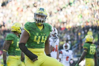 DeForest Buckner selected seventh overall by San Francisco 49ers in NFL Draft