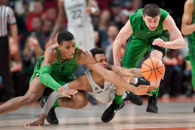 Self-inflicted wounds spoil Ducks' PK80 opening in 71-63 loss to UConn