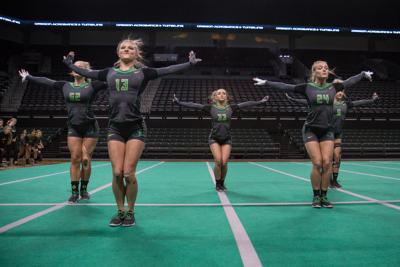 Oregon falls to Baylor in acrobatics and tumbling national championships