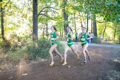 Oregon women win Pac-12 cross country title, men finish fourth
