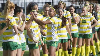 Seniors reflect on their Oregon women's soccer careers