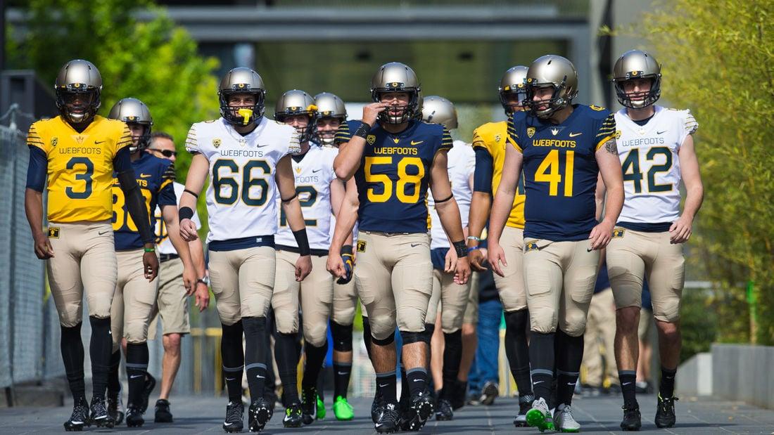 size 40 cbb87 3b75a Photos: Football pregame festivities — Oregon debuts 100 ...