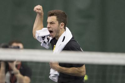 Oregon men's tennis advances to Pac-12 semifinals following 4-3 win over Cal