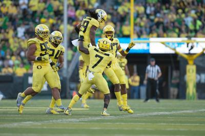 Oregon football moves up one spot to No. 23 in latest AP Poll.