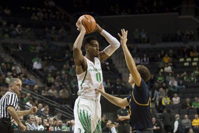 Ducks get season-opening win against Coppin State