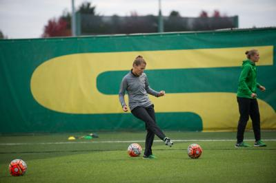 Q&A: Oregon soccer's Kat Mertz reflects on 2016 season and looks to future success