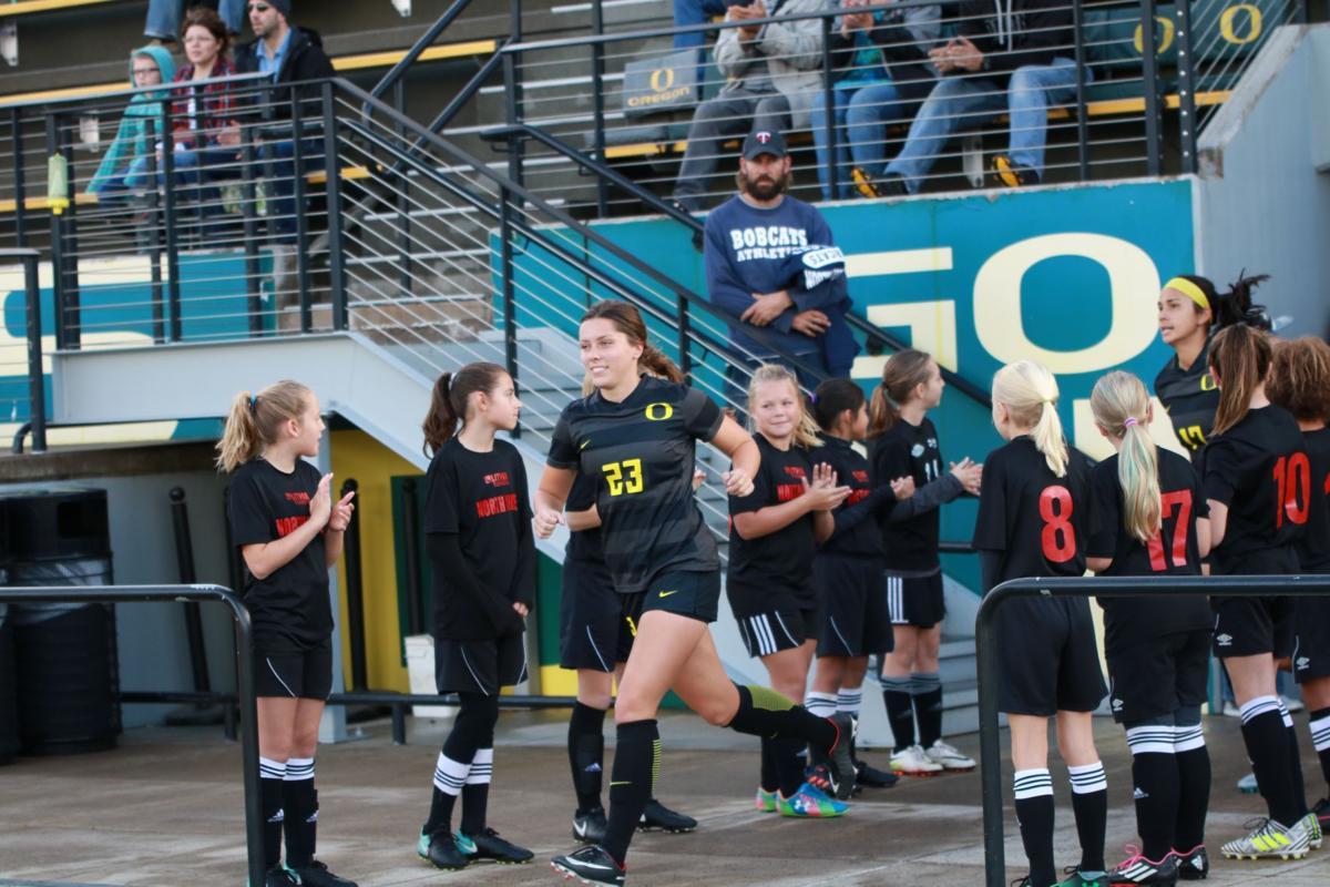 Photos: Oregon Ducks defeat the Arizona State Sun Devils 3-0