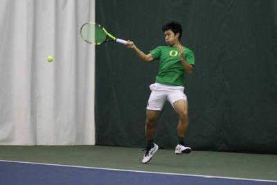 Oregon men's tennis defeats No. 27 Dartmouth 4-0 in first round of NCAA Tournament