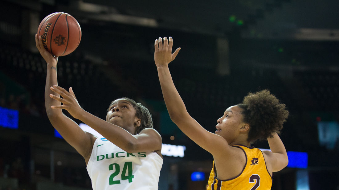 Photos: The Oregon Ducks defeat Central Michigan 83-69 and advance to the Elite Eight