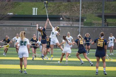 Oregon lacrosse defeats Fresno State 12-9 on the road
