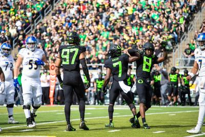 Oregon's defense has mixed emotions leading into Pac-12 play