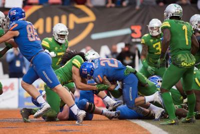 Oregon offense struggles as Ducks lose 38-28 in Las Vegas Bowl