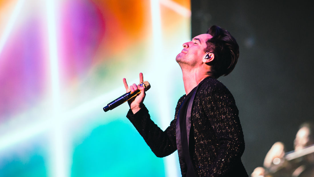 Photos: Panic! At The Disco 'Prays for the Wicked' at the Moda Center with guests ARIZONA and Hayley Kiyoko