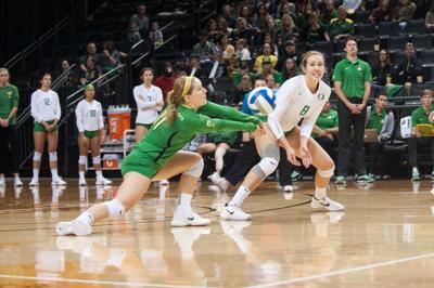 Volleyball wins five set match over Washington State