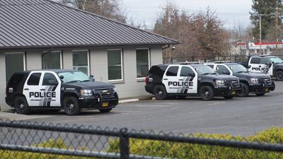 In the wake of robberies near campus, Eugene Police emphasizes safety