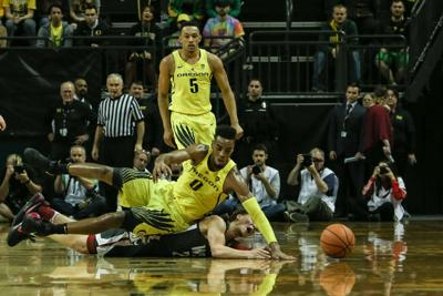 Oregon loses to Washington State 76-78, falls to seventh in the Pac-12