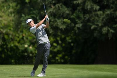 Oregon men's golf wins Wyoming Desert Intercollegiate; two Ducks tie for first individually