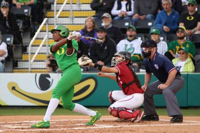 DJ Sanders' extra-inning grand slam gives No. 2 Oregon 7-2 win over No. 4 Washington