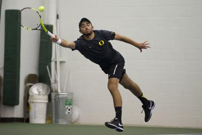 Oregon men's tennis defeats Drake behind strong singles play and record-tying doubles play