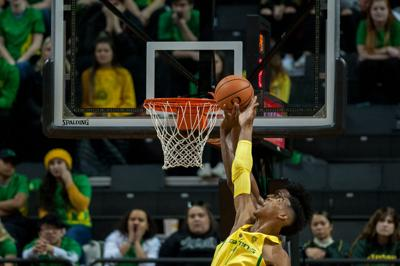 Oregon survives first round Pac-12 in overtime against WSU 64-62