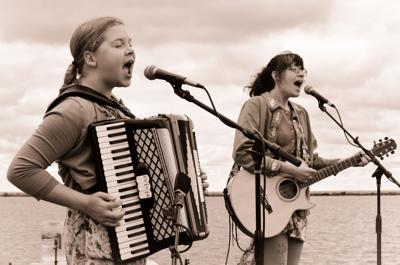 Comedy-folk-punk duo ShiSho: Teenagers with a decade of music experience