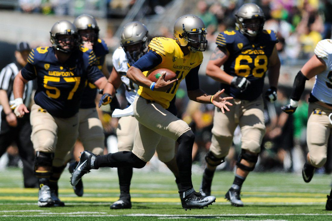 new style 0de49 6044f Photos: Football spring game — Mighty Oregon edges the ...