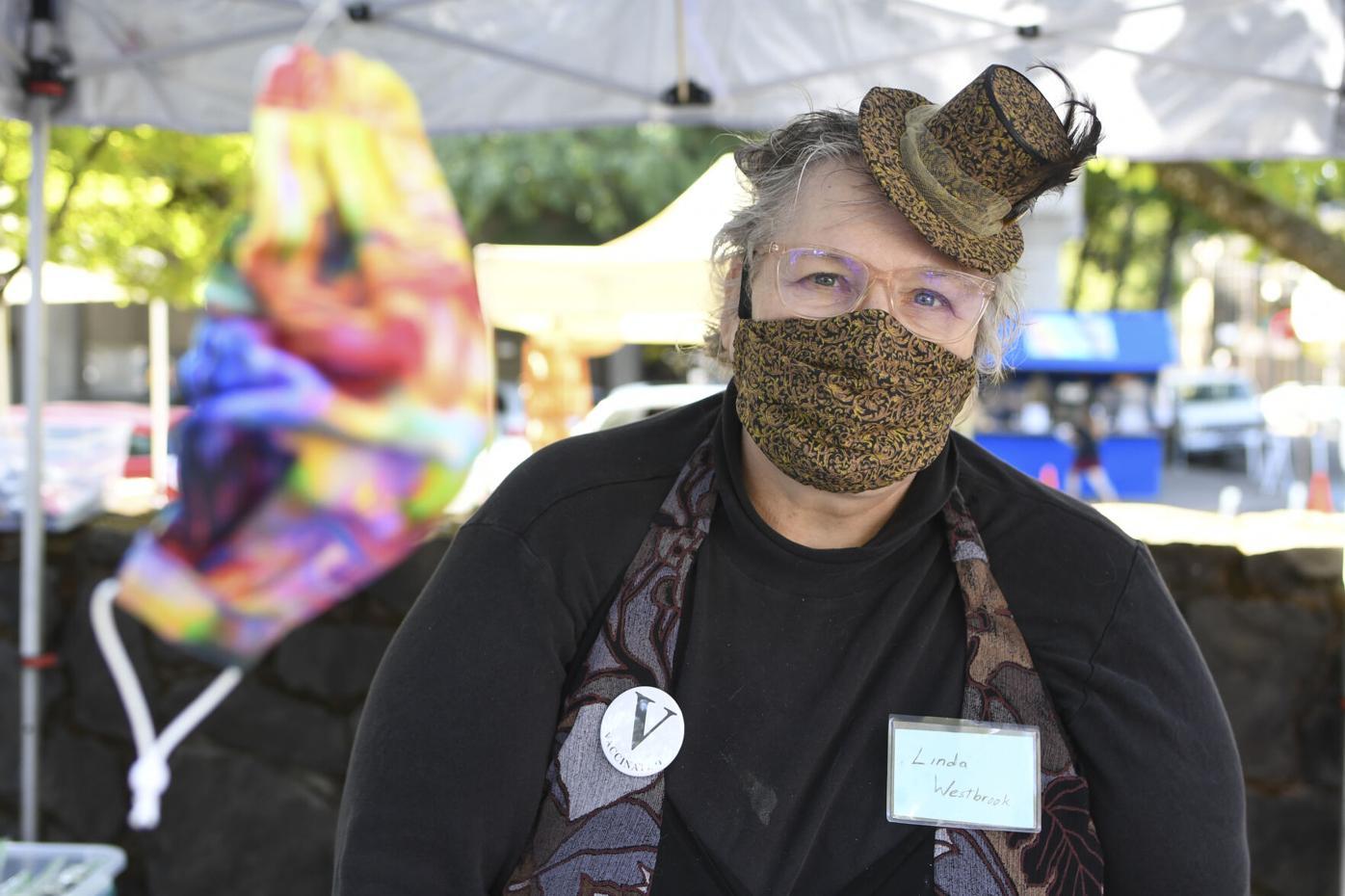 Eugene Saturday Market, Lane County Farmers Market navigate pandemic