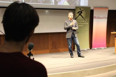 "Reza Aslan talks about identity and America's future under ""Trumpism"""